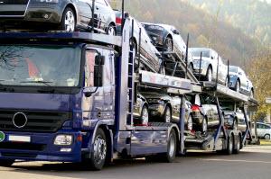 autotransport fahrzeugtransport pkw transport cargo international. Black Bedroom Furniture Sets. Home Design Ideas